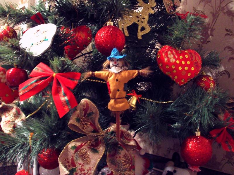 Новогодняя игрушка (2 фото)