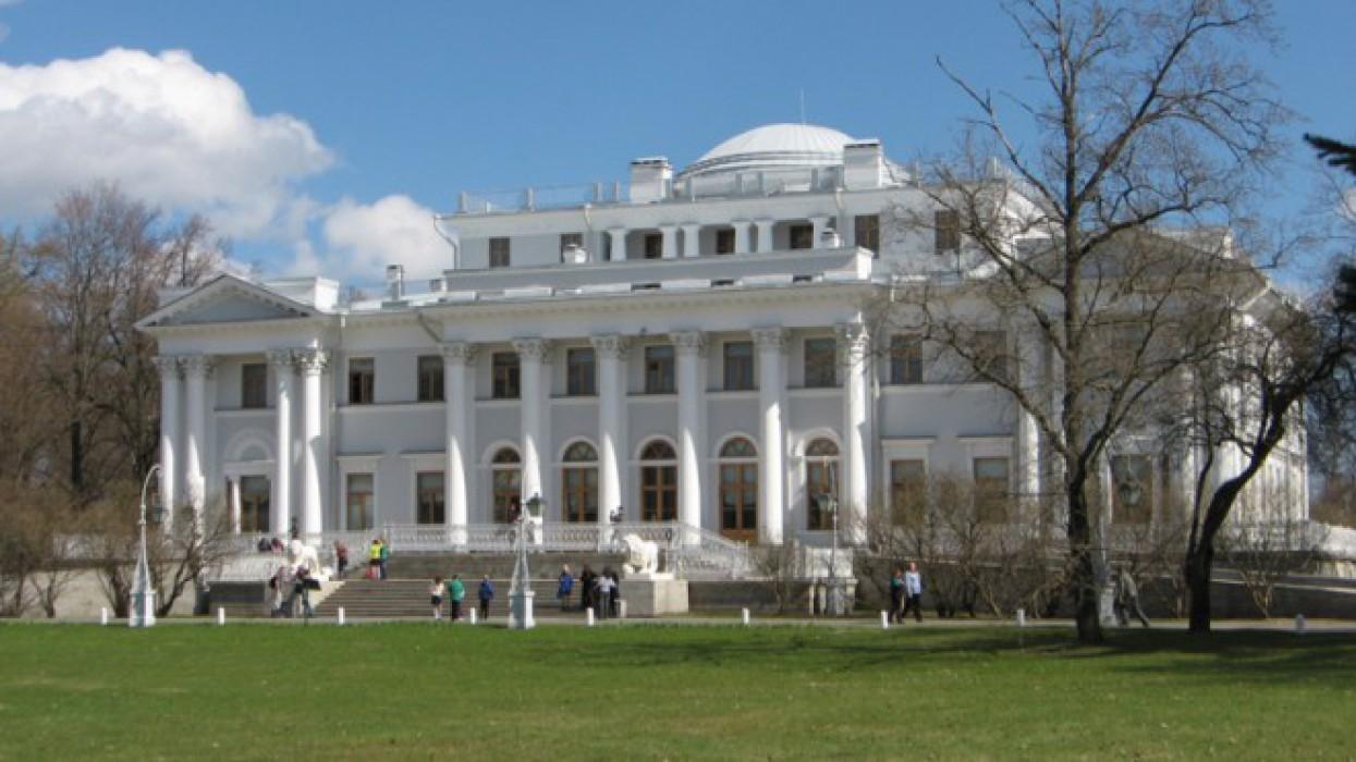 Елагиноостровский дворец-музей русского декоративно-прикладного искусства и интерьера