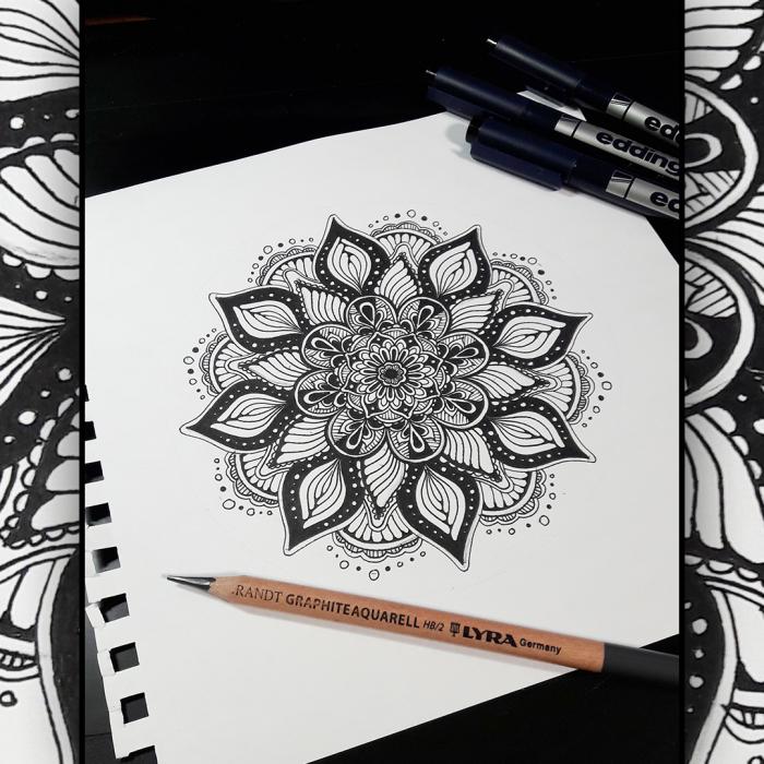 Моя первая Мандала )  #Werlioka #traditional_art #zentangle #Mandala | Author: Werlioka