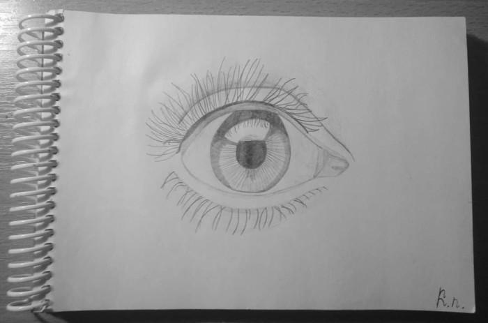 Учимся рисовать глаза по туториалам, вот небольшой скетч.   Tutorial - https://www.youtube.com/watch?v=2lS6f9N0nKs&feature=youtu.be  #sketch #sketchbook #traditionalart #eyes #eyesart #pencil_sketch #pencildrawing #pencil #sketch_eyes #tutorial | Author: Nana Krusolrov
